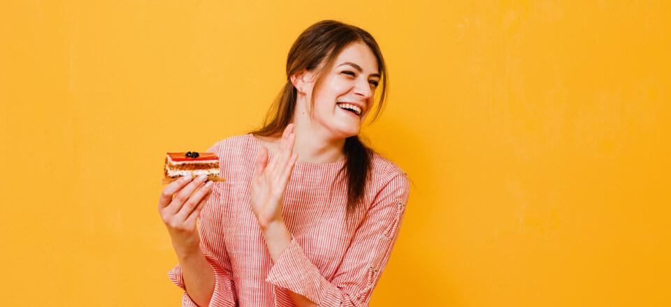 Få et afslappet forhold til mad med intuitiv spisning