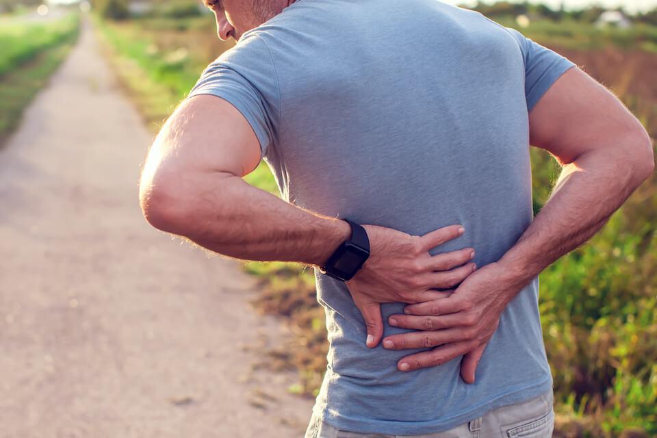 Hvordan holder jeg ryggen frisk til sport?