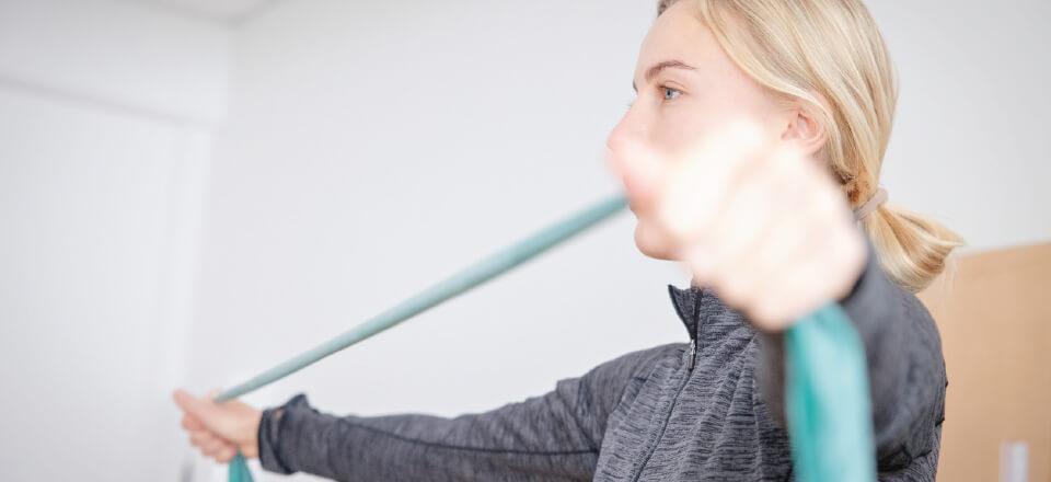 Hvile og en særlig fløjte skal få 25-årige Stine Weis igennem sine senfølger